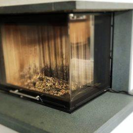 Glasversicherung für die Kaminscheibe – lohnt sich das?